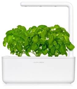Click & Grow: The Smart Garden 3