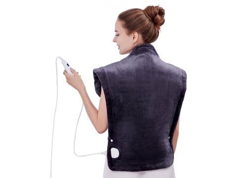Shaped to fit – Utaxo Heating Pad Wrap for neck, shoulders and back pain