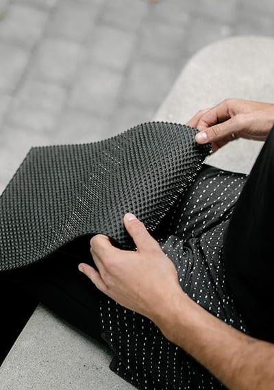 Akuspike metal acupressure mat