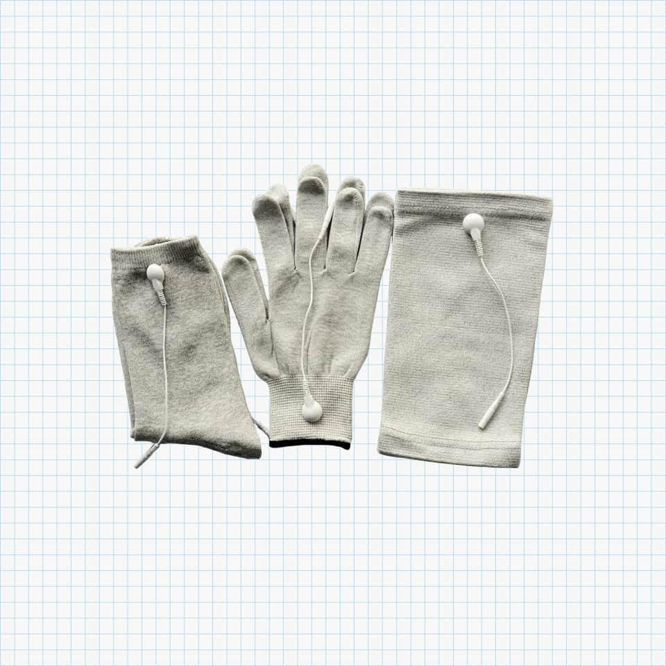Konmed Conductive Gloves, Kneepads and Socks